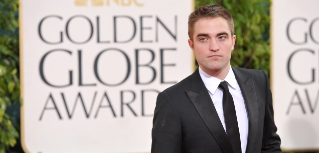 Robert Pattinson nemá o role nouzi.