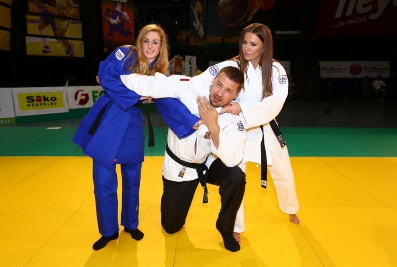 seznamka karate