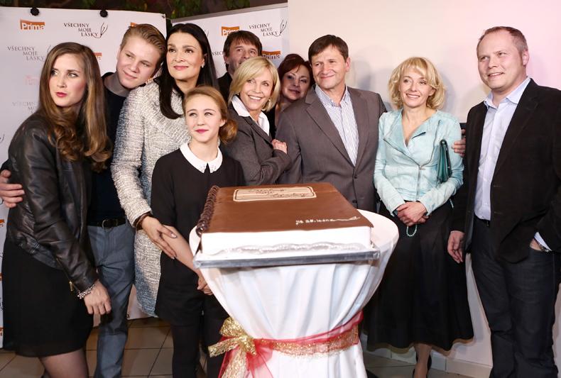 Herci ze seriálu Všechny moje lásky se velmi dobře znají z Vyprávěj. a7bd7dab490