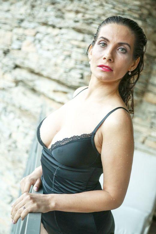 Eva Decastelo Nude Photos 80