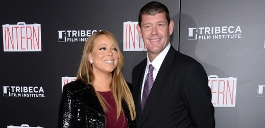 Mariah Carey a James Packer.