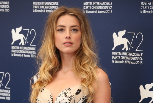 Herečka Amber Heard.