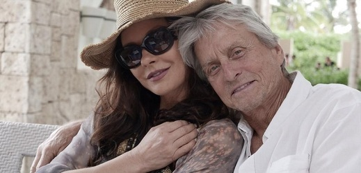 Catherine Zeta-Jones a Michael Douglas.