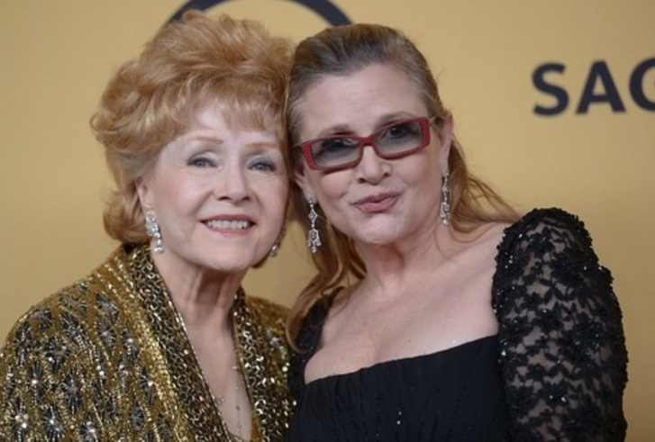 Debbie Reynolds a Carrie Fisher.