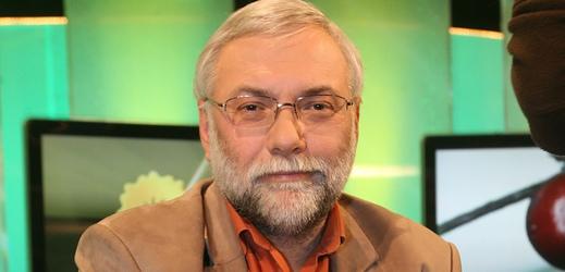 Zemřel bavič Josef Mladý, bylo mu 63 let.