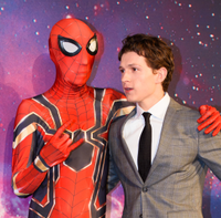 Tom Holland se Spider-Manem.