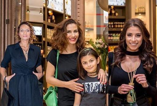 Lejla Abbasová, Eva Decastelo s dcerou, Tereza Budková.