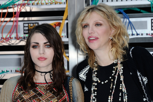 Courtney Love a Francis Bean Cobain.
