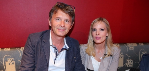 Jan Štastný s manželkou.