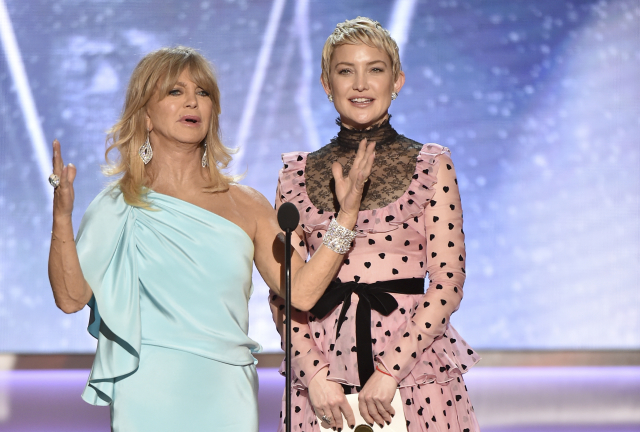 Goldie Hawn a Kate Hudson.