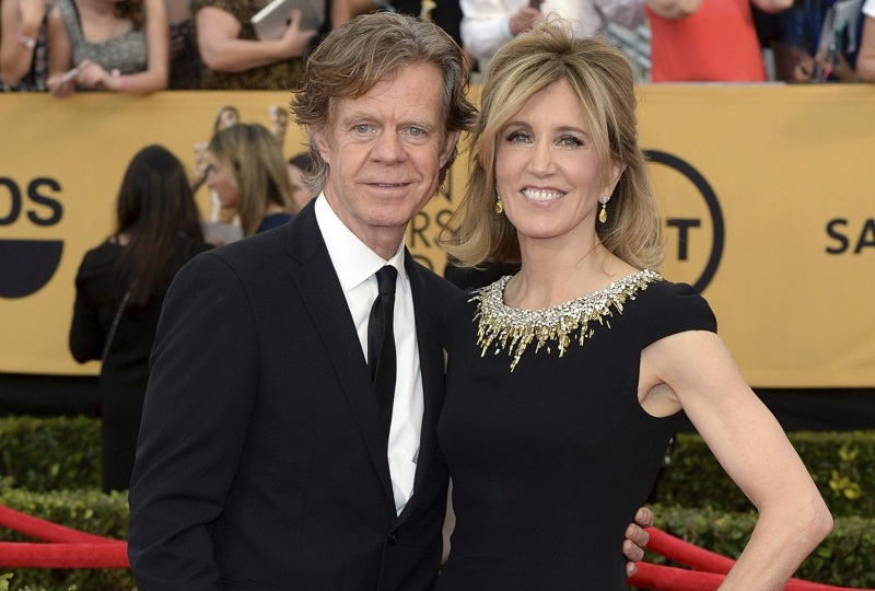 William H. Macy a Felicity Huffman.
