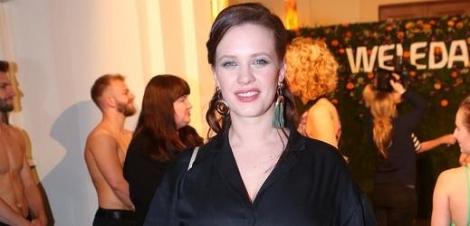 Kristýna Leichtová bude dvojnásobnou matkou.