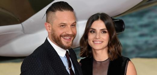 Tom Hardy a jeho křehká žena Charlotte.