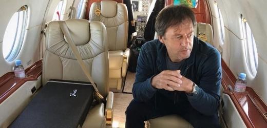 Pavol Habera se toho nebojí! Hodinový let za bezmála dvě stě tisíc!