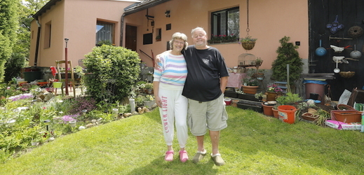 Jan Kuželka s manželkou.