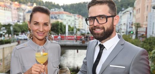 Sandra Nováková s partnerem.