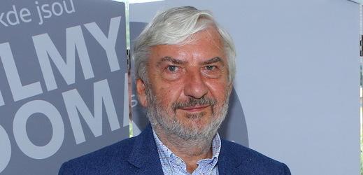 Miroslav Donutil si s kolegy natáčení Atlasu ptáků užil.